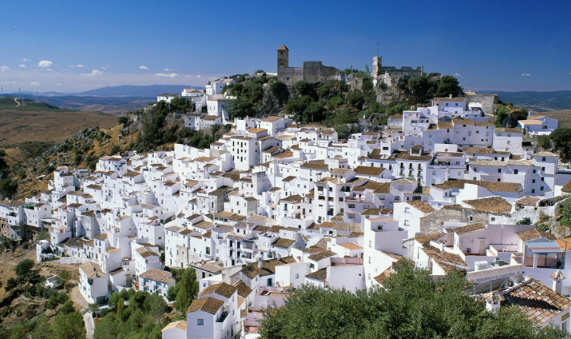 Casares proposes the construction of a viewpoint in the Moorish Castle